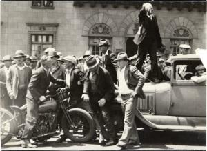Strikers_May_19_1934_AAD-5138